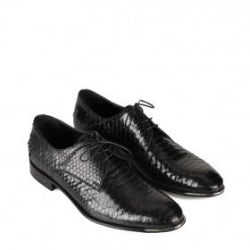 Python-stamped men's shoes
