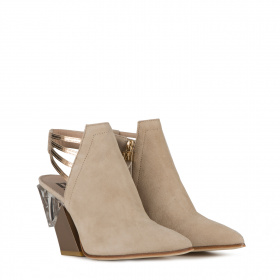 Slanted heel ankle boots