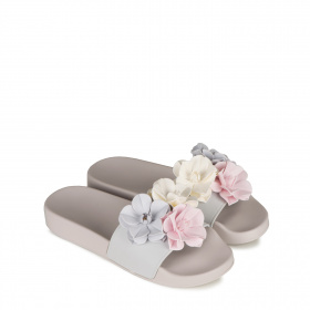 Ladies slippers with flowers