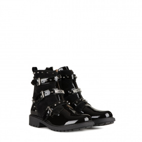 Junior patent leather boots