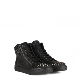 Junior ankle boots with spikes