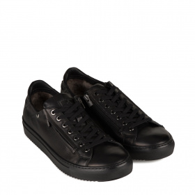 Men's sport shoes with shearling