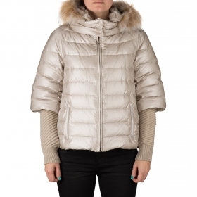 Down jacket in two parts